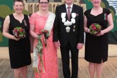 02Koenigspaar-Ralf-und-Annegret-Bäumer-mit-den-Ehrendamen-Anja-Phillip-und-Monika-Blanke-1